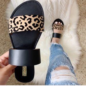NEW Abby Leopard Sandal- in Black